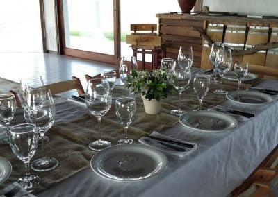 mesa dispuesta